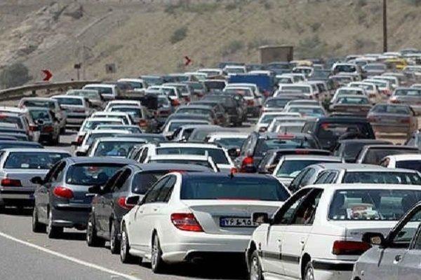 ترافیک نیمه سنگین و سنگین در هراز و کندوان