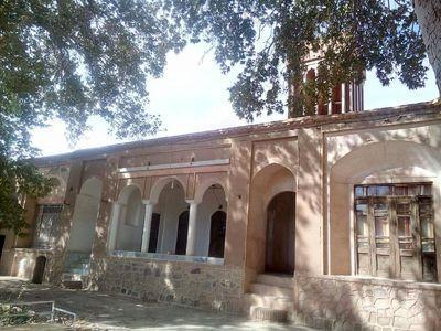 عملیات مرمت خانه آل طاها کوهبنان شروع شد